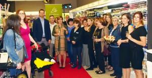 Patricia Paquin dévoile sa gamme de produits au Familiprix Sainte-Julienne